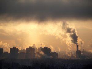 Efectos de los contaminantes emitidos por chimeneas de calderas
